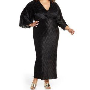 NWT ELOQUII Black Textured Long Sleeve Maxi Dress